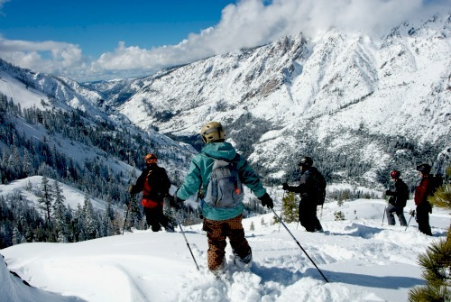 after long long wait california 39 s dodge ridge ski resort opens for 2013. Cars Review. Best American Auto & Cars Review