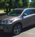 2018 Toyota Highlander excellent midsize SUV