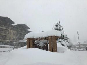 Blizzard-like conditions close Tahoe ski resorts