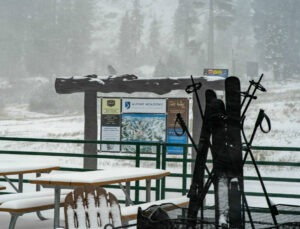 Squaw Valley gets 4 inches of snow