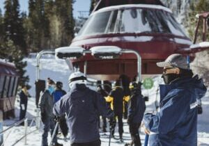Skiers and riders are required to wear a face covering in all aspects of the operation, including in line, while riding lifts and gondolas and in all facilities.